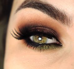 Purple. Brown. Green. Gorgeous eyeshadow combination.