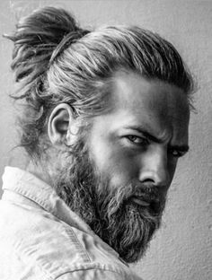 Curious about the man bun? The man bun hairstyle ascended as an edgy, fashionable alternative to wearing men's long hair naturally. The man bun haircut is styled by grasping all of your hair at… Mens Ponytail Hairstyles, Older Mens Hairstyles, Haircuts For Men, Short Hairstyles, Military Haircuts, Updos Hairstyle, Asymmetrical Hairstyles, Everyday Hairstyles, Hairstyle Images