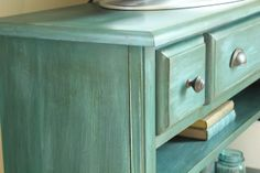 Annie Sloan paint Antibes green and Aubusson blue combined to make a beautiful turquoise color.