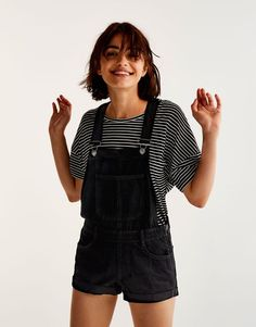 Short black dungarees - Best sellers ❤ - Clothing - Woman - PULL&BEAR Thailand