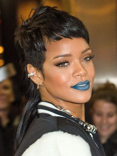 Rihanna's short cut