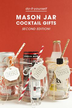 Awesome, cheap DIY gift idea! Mason Jar Cocktails! Fun favours for adults
