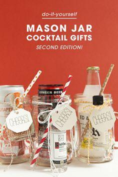 Awesome, cheap DIY gift idea! Mason Jar Cocktails!