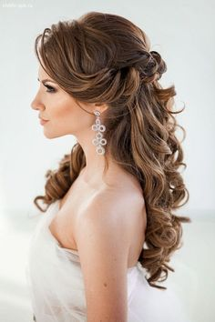 hair styles for long hair down hair flower hair bridesmaid hair long updo wedding hair hair style for short hair hair with veils wedding hair dos Wedding Hairstyles Half Up Half Down, Wedding Hairstyles For Long Hair, Wedding Hair And Makeup, Down Hairstyles, Pretty Hairstyles, Hairstyle Ideas, Elegant Hairstyles, Hairstyles 2016, Bridal Half Up Half Down