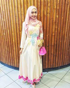 Dress kebaya for hijab
