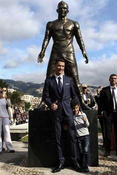 Ronaldo Hd Images, Cristiano Ronaldo Wallpapers, Lionel Messi Wallpapers, Funchal, Messi Y Cristiano, Cristiano Ronaldo Junior, Cr7 Ronaldo, Soccer Motivation, Good Soccer Players