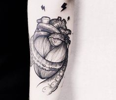 Heart tattoo by Serena Caponera