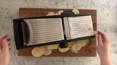 How to make Cheesy Potato Gratin - Step 2 Parmesan Potatoes, Cheesy Potatoes, Sliced Potatoes, Baked Creamed Corn Casserole, Cream Corn Casserole, Potato Gratin Recipe, Cheesy Crust, Spoon Fork Bacon, White Cheddar Cheese