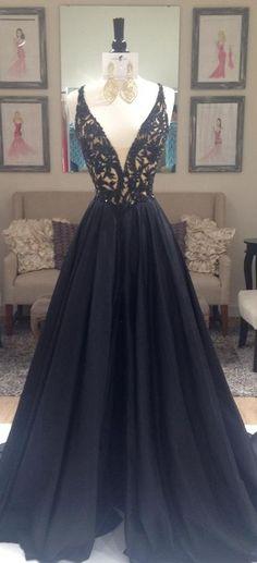 Black Beading V-Neck Zipper Prom Dresses 2017