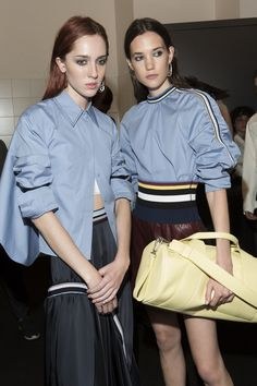 Sportmax at Milan Fashion Week Spring 2018 - Backstage Runway Photos