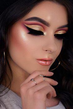 Holiday Makeup Looks Dark Skin Make Up 18 New Ideas Maquillaje Cut Crease, Cut Crease Eyeshadow, Cut Crease Makeup, Blue Eyeshadow, Eyebrow Makeup, Eye Makeup Tips, Makeup Trends, Beauty Makeup, Makeup Ideas