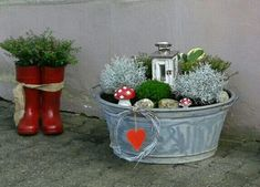 We at StuffByP can Make this Type of Basket for your Home Decor. We are Locally We at StuffByP can Make this Type of Basket for your Home Decor. We are Locally We at StuffByP can Make this Type of Basket for your Home Decor. We are Locally based but are Balcony Flowers, Balcony Plants, Balcony Garden, House Plants, Mosaic Garden, Garden Art, Garden Design, Garden Types, Garden Whimsy
