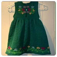 Ravelry: Nordland Festdrakt Pike pattern by Lill C. Baby Knitting Patterns, Baby Patterns, Knit Baby Dress, Baby Dresses, Summer Dresses, Ravelry, Knit Crochet, Kids, Barn