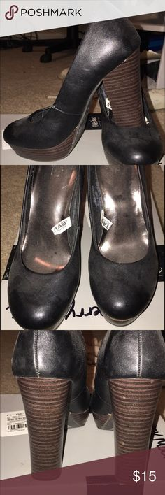mossimo black chunky heels NWOT Women's size 5.5 black Mossimo chunk heel. Mossimo Supply Co Shoes Heels