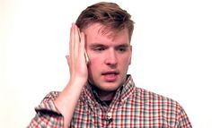 Apple iPhone 6 Plus: After #BendGate, Complains About #BeardGate Pop Up