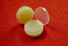 Make your own Homemade Coconut Oil Lip Balms!