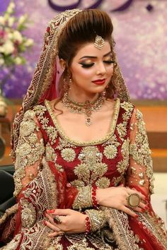 "- Komal Aziz Khan, Rocking the rajhastani bridal look. Thanks for the gorgeous outfit and…"" Pakistani Bridal Makeup, Pakistani Wedding Outfits, Bridal Outfits, Pakistani Dresses, Shadi Dresses, Bride Dresses, Indian Sarees, Bridal Looks, Bridal Style"