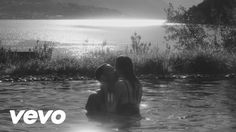 John Legend's official music video for 'All Of Me'. Click to listen to John Legend on Spotify: http://smarturl.it/JohnLSpotify?IQid=JohnLAOM As featured on L...