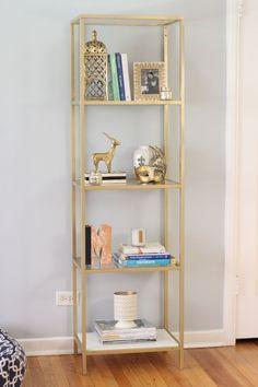 I want to do this to my IKEA bookcases. Spray paint an IKEA VITTSJO bookcase/shelving unit gold Decor Room, Diy Bedroom Decor, Living Room Decor, Ikea Hack Bedroom, Chic Apartment Decor, Apartment Ideas, Bedroom Ideas, Dining Room, Dining Table