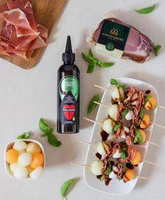 Creme à Base de Balsâmico de Manjericão da @paladin.pt. Único pelo seu sabor delicado agridoce, e atenuado pelas notas de manjericão, é um tempero indispensável para a cozinha criativa. A nossa sugestão: acompanhe com o Presunto da Pá da @minhofumeiro. . Siga o link e encomende já na Unique Flavours. É de bom gosto. . #uniqueflavours #uflavours #food #gastronomia #premiumfood #foodie #cooking #premiumfood #paladin #temperos #molhos #debomgosto #minhofumeiro #uniqueflavours Creme, Dairy, Base, Link, Food, Ham, Gastronomia, Ideas, Notes