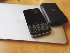 #inst10 #ReGram @danielwwang: Playing with my old pal for business #blackberry  #BlackBerryClubs #BlackBerryPhotos #BBer #RIM #QWERTY #Keyboard #OldBlackBerry #NewBlackBerry