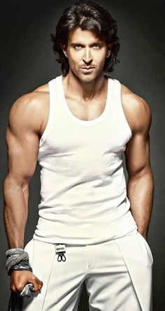 Bollywood, Tollywood & Más: Hrithik Roshan Dabboo Ratnani Hi Everyone, Please check latest bolloywood things here. Indian Celebrities, Bollywood Celebrities, Bollywood Actress, Bollywood Stars, Hrithik Roshan Bang Bang, Hrithik Roshan Hairstyle, Poses For Men, Actor Photo, Hommes Sexy