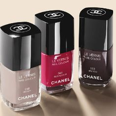 Chanel Le Vernis~best nail polish ever. even at $24 a pop