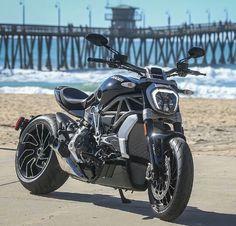 Ducati XDiavel: Un vrai cruiser Moto Ducati, Ducati Motorcycles, Moto Bike, Cars And Motorcycles, Ducati Diavel, Ducati Scrambler, Scrambler Motorcycle, Motorcycle Shop, Motorcycle Style