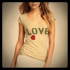 2Love Graphic Tee by Jessica Alba size M 2Love Graphic Tee by Jessica Alba size M retail $42 EUC 100% Cotton 2Love Tops Tees - Short Sleeve