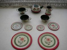 1950s Ohio Art Red and Green Floral 12 PC Child's Tin Tea Set | eBay