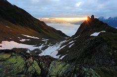 Sonnenaufgang nach einer Bikwaknacht in den Ötztaler Alpen