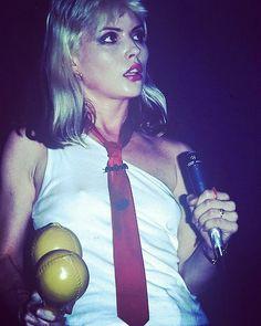 Debbie Harry, Blondie, 1977