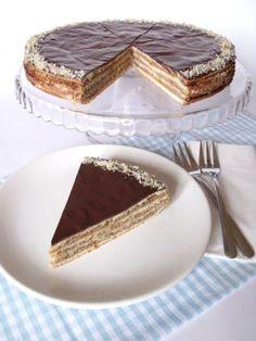 Zserbótorta - Kifőztük, online gasztromagazin Hungarian Desserts, Hungarian Cake, Hungarian Cuisine, Hungarian Recipes, Hungarian Food, Austrian Recipes, Croatian Recipes, European Dishes, Cake Cookies