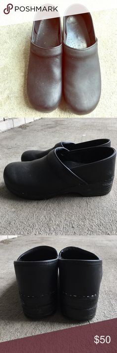 Danskos Mens Shoes Pretty sure these are men's sizes. Used but good condition. Some visible scuffs on the shoes. Size 44 in Dansko sizes Dansko Shoes Loafers & Slip-Ons