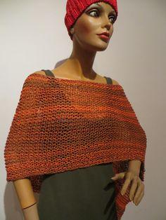 Poncho handgestrickt, meliert, Baumwolle, variantenreich zu tragen Knitted Poncho, Crochet Top, Knitting, Tops, Women, Fashion, Ponchos, Scarf Crochet, Handarbeit