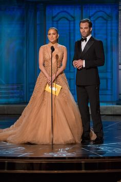 Michael Yada / ©A.M.P.A.S. Red Carpet, Formal Dresses, Fashion, Dresses For Formal, Moda, Formal Gowns, Fashion Styles, Formal Dress, Gowns