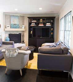 Joey's Stylist To The Stars Digs House Tour Black Entertainment Centers, Grey Couches, Studio City, Beautiful Living Rooms, Built Ins, Apartment Therapy, House Tours, Interior And Exterior, Small Spaces