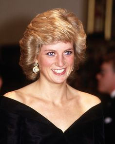 Diana Princess of Wales attends a fashion show in Madrid, Spain in April during the Royal Tour of Spain. Diana wore an outfit designed by Rifat Ozbek. Get premium, high resolution news photos at Getty Images Princess Diana Fashion, Princess Diana Family, Princes Diana, Royal Princess, Princess Charlotte, Lady Diana Spencer, Spencer Family, Close Up, Estilo Real