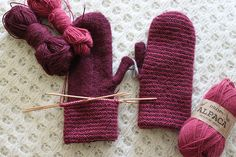 THESE ARE AMAZING.  I love doubled-up mittens!  Tuplaraitaa, with Drops Alpaca.