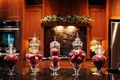 Pretty red Christmas decor.   Modern Mindy: Party Ideas