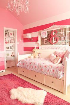 Little Girl Room Makeover with Secret Hidden Bookshelf Door | www.decorchick.com