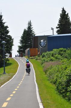 Routes for all types of cyclists! Whether you are enthusiastic about family biking, bicycle touring, cyclosports, mountain biking, or fatbikes, the Gaspésie has a route for you! Nearly twenty recreational cycling paths are found throughout the region. Paved, dirt, or gravel trails are perfect for a family outing. Fat Bike, Family Outing, Cyclists, Be Perfect, Mountain Biking, Touring, Paths, Trail, Bicycle