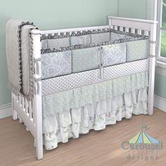 http://www.babybedding.com/designer?stateid=65113d80-b8b9-4399-a152-fcdecb01c60a