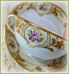 Artful Affirmations: Tea Cup Tuesday-Romantic Tea Cups