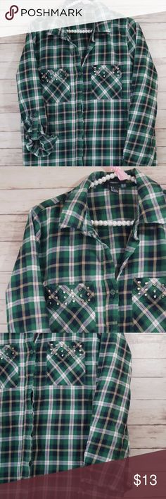 Forever 21 Plaid studded Button down shirt Large Size: Large Bust: 20 inches laying flat length: 25 inches  Condition: Never actually worn, wrapped around waist a few times. No flaws!  Thanks! Forever 21 Tops Button Down Shirts