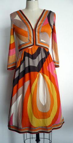 VINTAGE EMILIO PUCCI silk jersey V-neck 3/4 sleeve dress sz S/ vtg 10