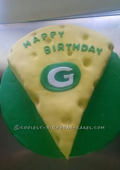 Cheese Head Green Bay Packers Cake... Coolest Birthday Cake Ideas Packers  Cake 65fca9857