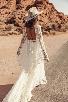A beautiful Boho wedding dress by Rue de Seine. The latest collection brings more kaftan style gowns which is a signature style of Rue de Seine