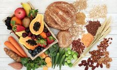 healthy high fibre diet food concept with legumes fruit vegetables wholegrain bread cereals grains nuts and seeds. super foods high in antioxidants anthocyanins omega 3 and vitamins. Fiber Diet, High Fiber Foods, High Fat Diet, Low Carb Diet, Breakfast Diner, Food Concept, Healthy Weight, Protein, Broccoli