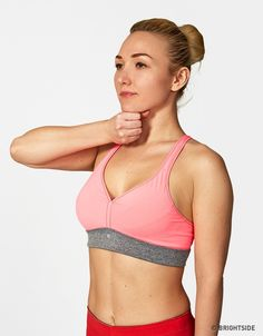 5 of the Simplest Exercises for a Beautiful and Attractive Bust - MitraViral Sport Man, Sport Girl, Bra Video, Sport Quotes, Sports Pictures, Sport Chic, Sport Motivation, Kids Sports, Easy Workouts